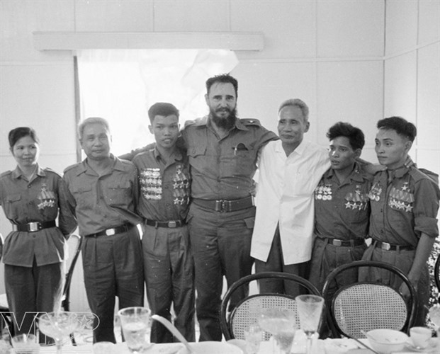 Cuba's revolutionary legend Fidel Castro in Vietnam during American war - ảnh 6