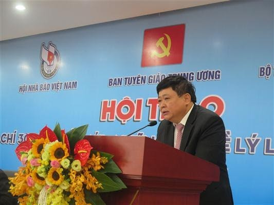 "Seminar ""30 years of renovation of press-theory and practices"" - ảnh 1"