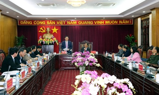 Deputy Prime Minister Vuong Dinh Hue works with Bac Kan leaders - ảnh 1