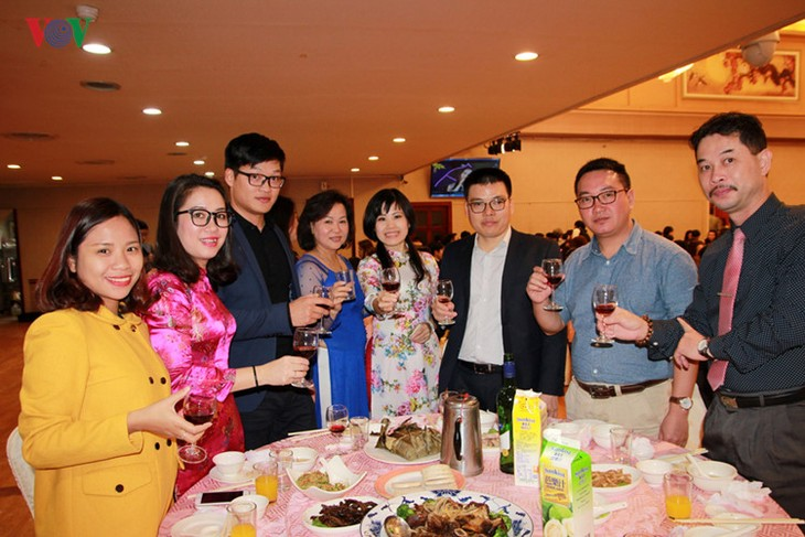Spring celebration for Vietnamese in Taiwan, China - ảnh 2