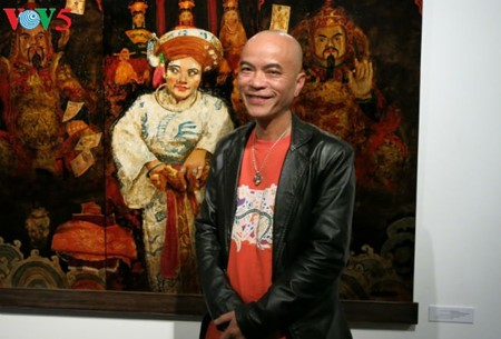 """Going into a trance"" ritual depicted in Tran Tuan Long's lacquer paintings  - ảnh 16"