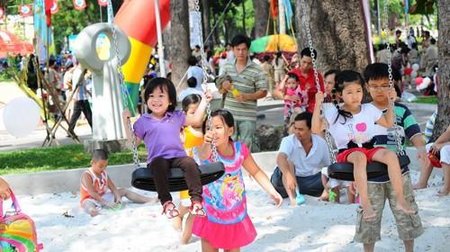 Vietnam ranks 94th in World Happiness Report - ảnh 1