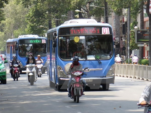 Ho Chi Minh City works to extend CNG bus routes  - ảnh 1