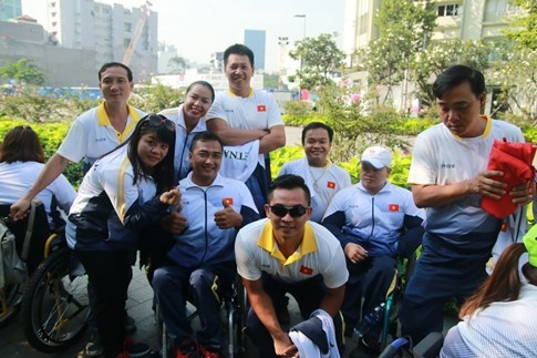 Physically-challenged athletes head for 9th ASEAN Para Games - ảnh 1
