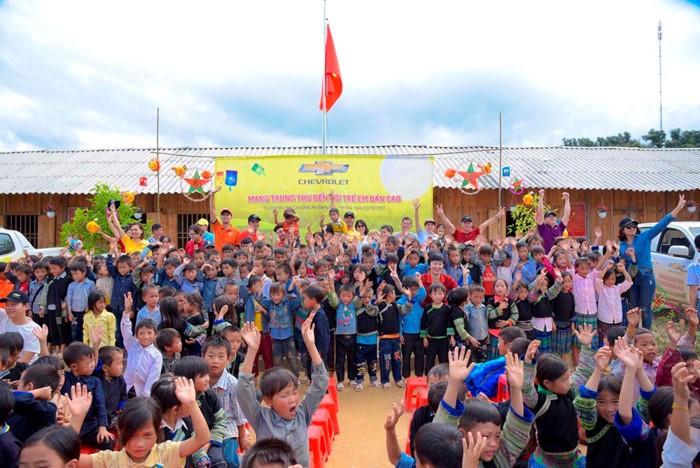 Mid-Autumn Festival for children in remote areas - ảnh 1