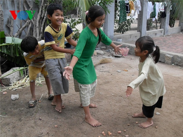 Folk games of the Cham people in Ninh Thuan - ảnh 2