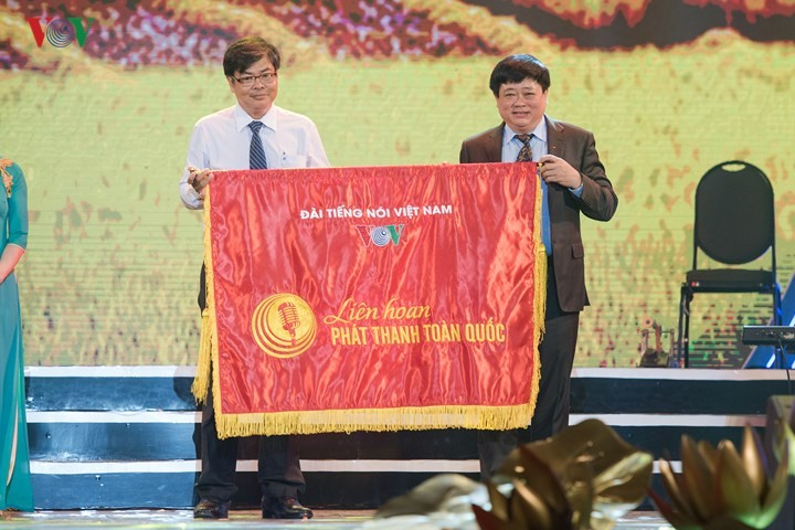 VOVWorld  wins gold prize at National Radio Festival  - ảnh 2