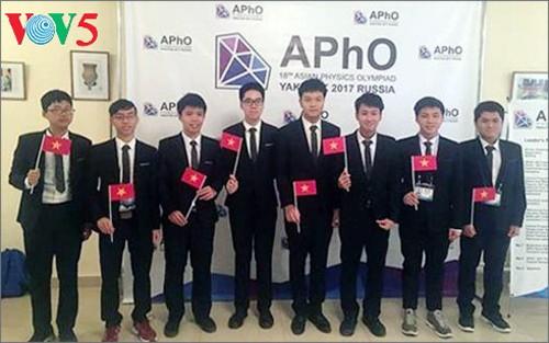 Delegación vietnamita gana medalla de oro en XVIII Olimpiada de Física de Asia - ảnh 1
