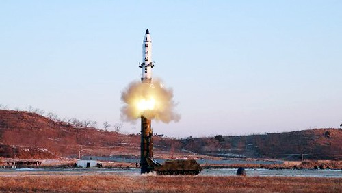 Cuestionan medidas punitivas para aliviar tensión en península coreana  - ảnh 1