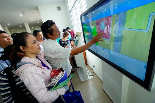 Vietnam fortalece la construcción de un gobierno electrónico a favor de la población  - ảnh 2