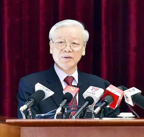 Periódicos camboyanos aprecian la visita del máximo líder político de Vietnam al territorio jemer - ảnh 1