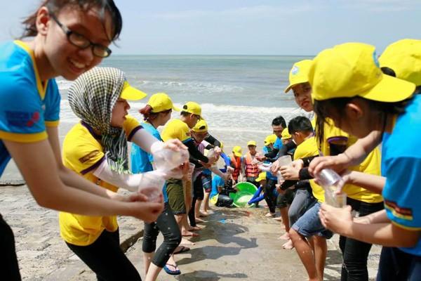 Campamento de Jóvenes Budistas transmite el amor de la tierra oriental de Vietnam  - ảnh 2