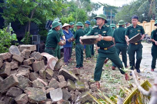 Localidades centrales de Vietnam superan consecuencias del huracán Doksuri - ảnh 1