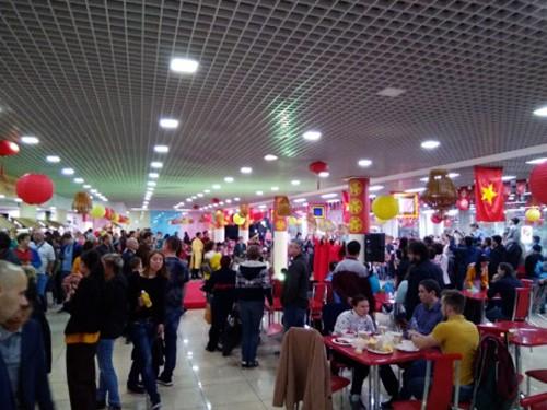 Resalta el Festival de Gastronomía Callejera de Vietnam en Moscú - ảnh 1