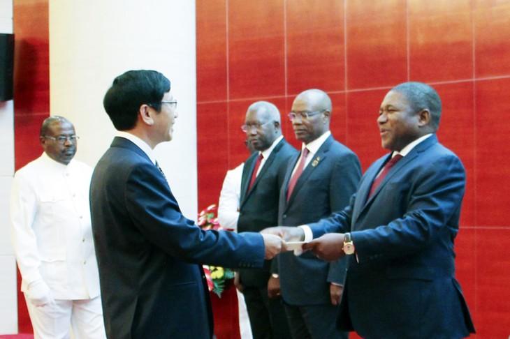 Vietnam y Mozambique afianzan la cooperación multifacética - ảnh 1