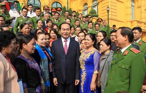 Chủ tịch nước Trần Đại Quang gặp mặt tấm gương điển hình trong phòng, chống ma túy  - ảnh 1