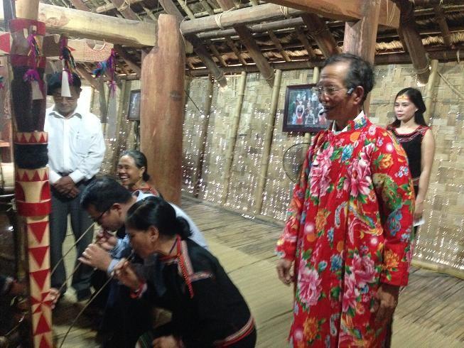 Chân dung vị già làng nặng lòng vì buôn làng dân tộc - ảnh 3