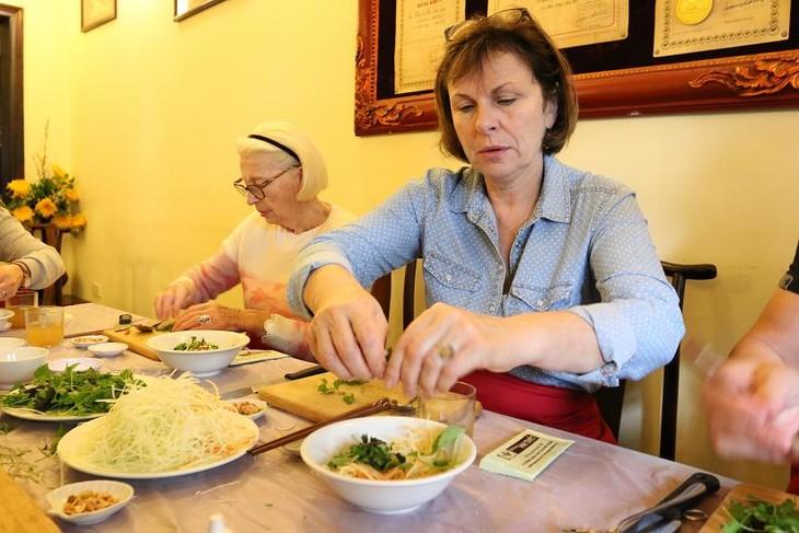Học nấu ăn cùng nghệ nhân Ánh Tuyết - ảnh 5