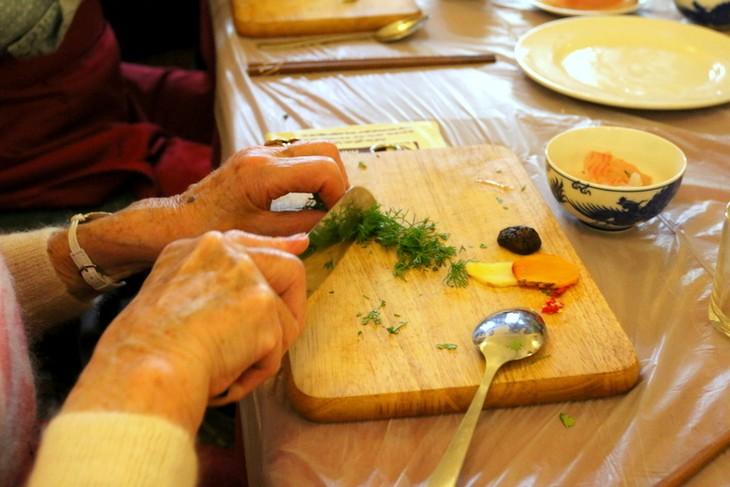 Học nấu ăn cùng nghệ nhân Ánh Tuyết - ảnh 4