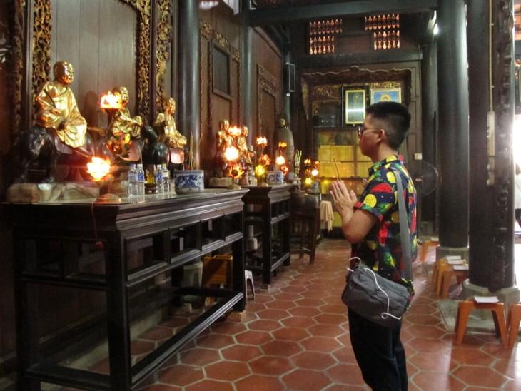 Đoàn thanh thiếu niên kiều bào thăm chùa Vĩnh Tràng, Tiền Giang - ảnh 3
