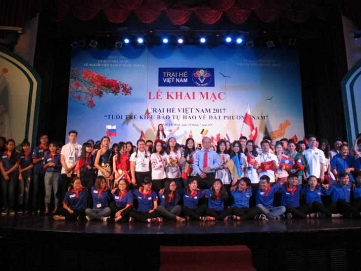 Những hình ảnh đẹp của Trại hè Việt Nam 2017 - ảnh 1