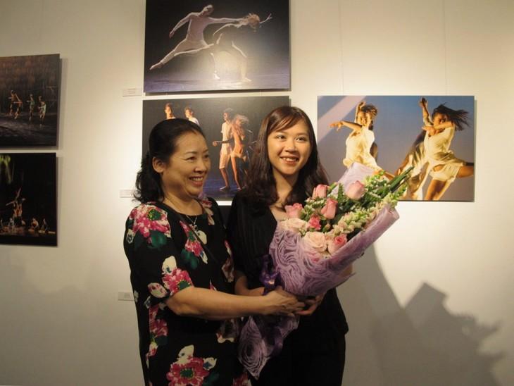 Múa đương đại sống động qua ống kính nhiếp ảnh gia Pháp – Việt - ảnh 3