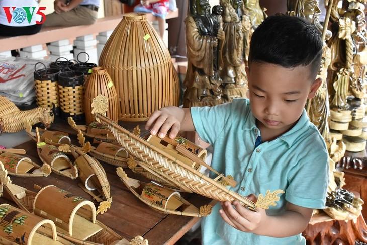 Huê: À la découverte du musée des outils agraires de Thanh Toàn - ảnh 18
