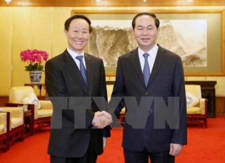 Vietnam valora cooperación con China en materia de frente popular - ảnh 1