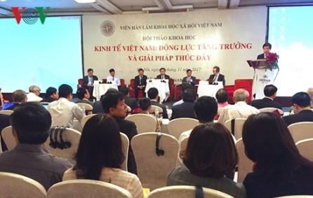 Realizan un seminario sobre la motivación del crecimiento de la economía vietnamita - ảnh 1