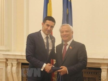 Vietnam y Rumanía afianzan lazos parlamentarios  - ảnh 1
