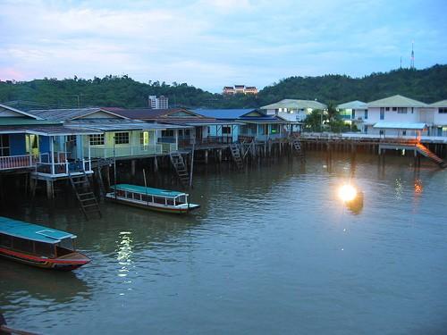 Kampung  terapung Kampong Ayer- Brunei Darusalam. - ảnh 2