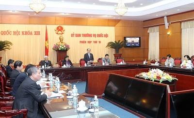 Komite Tetap MN Vietnam membahas Undang-Undang  tentang Tender (amandemen) - ảnh 1