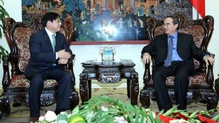 Deputi PM Vietnam, Nguyen Thien Nhan menerima Presiden  Badan Kerjasama Internasional Republik Korea - ảnh 1