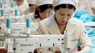 Zona Industri bersama Kaesong - sumbat penting dalam hubungan antara dua bagian negeri Korea - ảnh 2