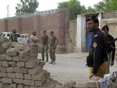 Kaum pembangkang Pakistan menyerang rumah penjara untuk melepaskan 40 tahanan - ảnh 1