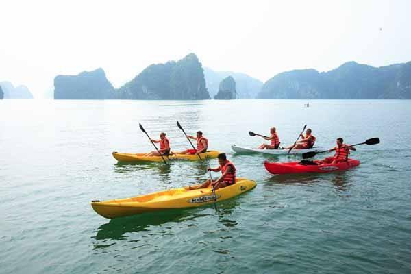 Penjelasan tentang olahraga mengayuh kayak di Vietnam - ảnh 1