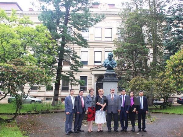 Vietnam mencari tahu tentang kesempatan bekerjasama dengan  Republik Czech - ảnh 1