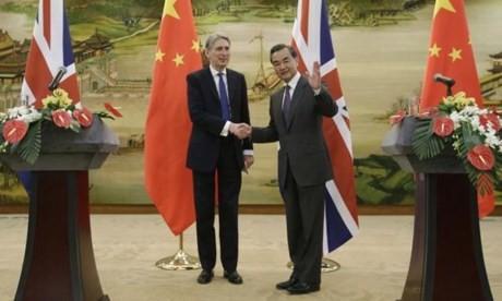Tiongkok dan Inggris mengeluarkan pernyataan mengenai Suriah - ảnh 1