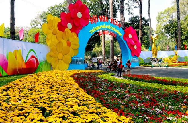 Pesta Bunga Musim Semi - tahun 2016 di kota Ho Chi Minh - ảnh 1