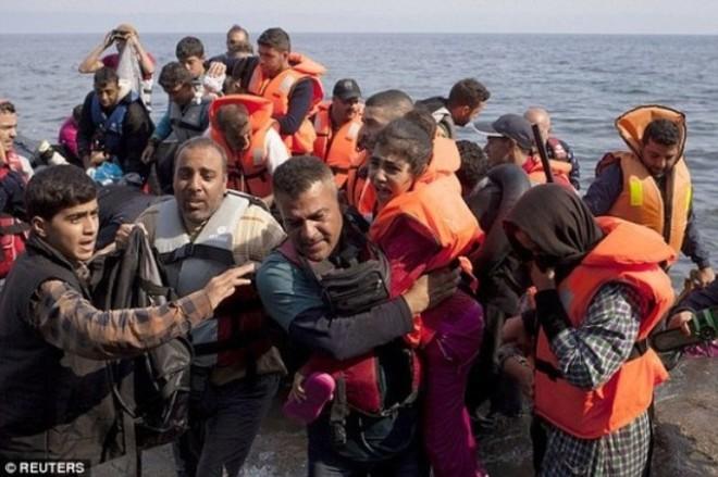 Solusi mana untuk memecahkan  krisis migran - ảnh 1