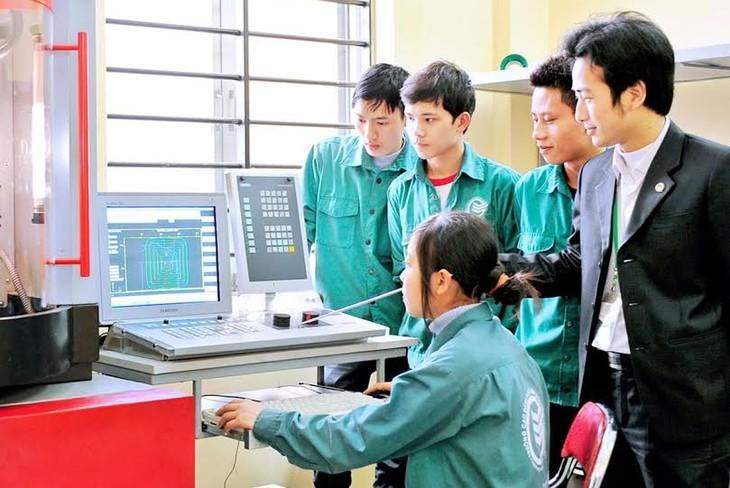 Integrasi ASEAN di bidang pendidikan kejuruan- kesempatan dan tantangan - ảnh 1