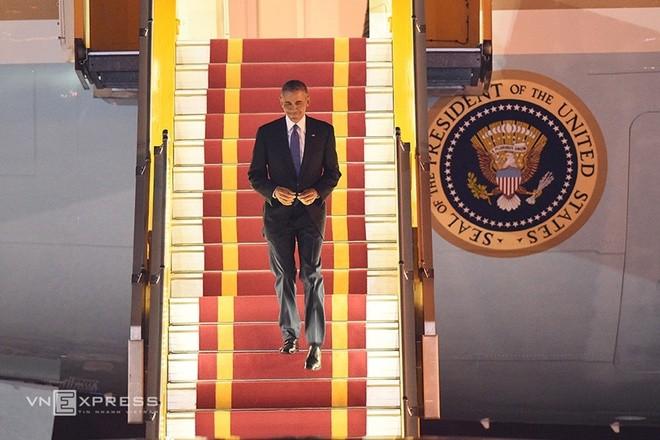 ພິທີຕ້ອນຮັບທ່ານປະທານາທິບໍດີອາເມລິກາ Barack Obama ຢ້ຽມຢາມຫວຽດນາມຢ່າງເປັນທາງການ - ảnh 3