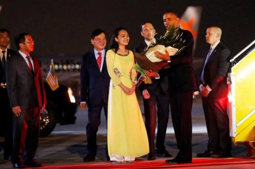 ພິທີຕ້ອນຮັບທ່ານປະທານາທິບໍດີອາເມລິກາ Barack Obama ຢ້ຽມຢາມຫວຽດນາມຢ່າງເປັນທາງການ - ảnh 4