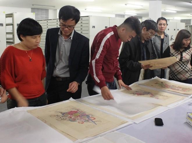 Twelve typical Vietnamese folk paintings exhibit in Ha noi - ảnh 4
