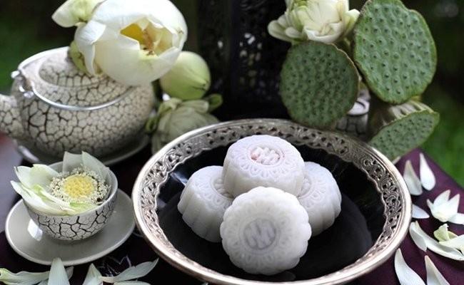 Vietnamese Traditional Snow Skin Mooncake - ảnh 2