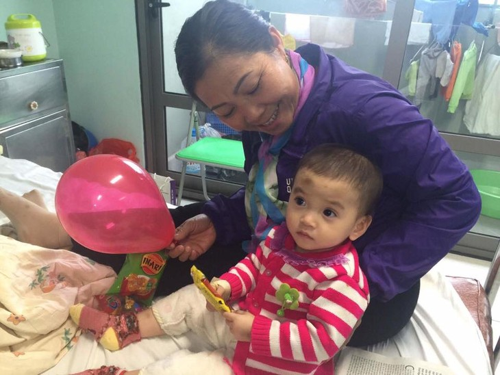Bringing hopes to cancer children  - ảnh 5