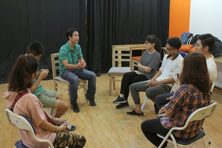 Hanoians attracted to improvisation comedy  - ảnh 4