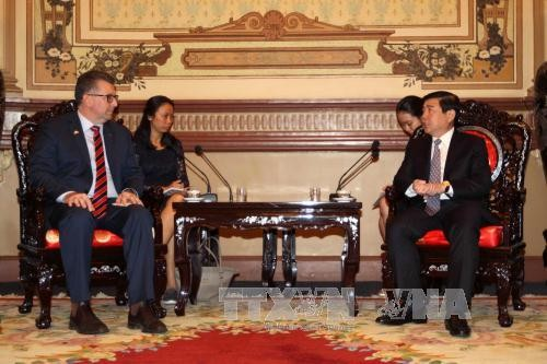 Ho Chi Minh City and Australia strengthen cooperation in trade, investment and tourism - ảnh 1