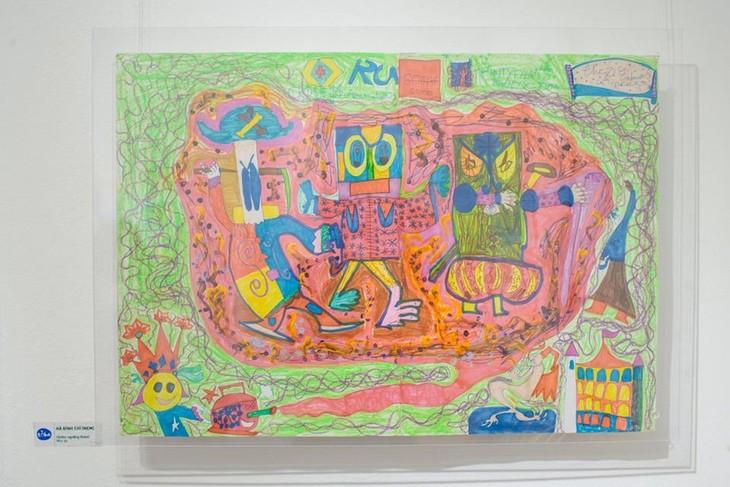 IU.IU.IU Exhibit- Life through the eyes of artists with autism - ảnh 7