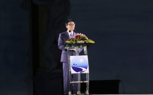 Inaugurado Festival marítimo Nha Trang-Khanh Hoa 2017 - ảnh 1